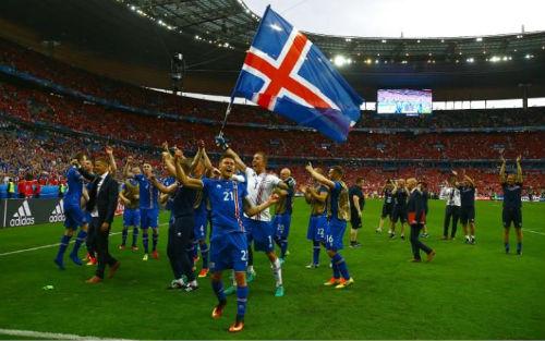 """Sau vòng 1/8 Euro: """"Chiếu dưới"""" lên ngôi và những kỉ lục - 1"""