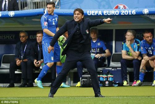 Ảnh đẹp Euro 28/6: Vũ điệu Conte và nụ hôn Iceland - 9