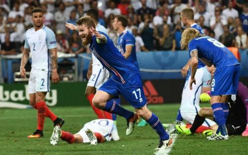Tây Ban Nha, Anh bị loại sớm ở Euro: Thuốc đắng dã tật - 2