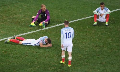 Tây Ban Nha, Anh bị loại sớm ở Euro: Thuốc đắng dã tật - 1