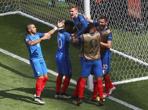 Tin nhanh Euro 29/6: Italia mất trụ cột trước trận gặp Đức - 2