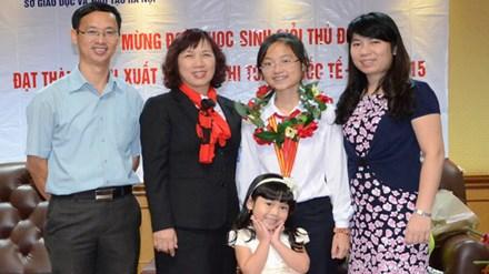 Thủ khoa 3 trường chuyên ở Hà Nội: Khi Toán học là niềm đam mê - 1