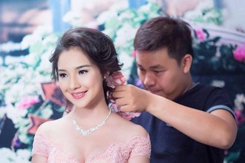 Vợ Duy Nhân sững sờ vì thí sinh Hoa hậu giống hệt mình - 7