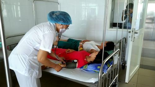15 người nhập viện sau khi đi chơi về - 1
