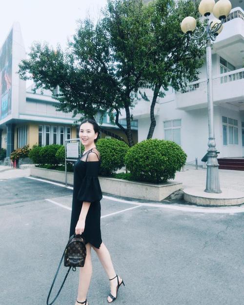 """""""Hoa hậu VTV"""" Mai Ngọc hé lộ về món đồ hiệu đầu tiên - 4"""