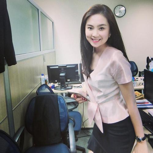 """""""Hoa hậu VTV"""" Mai Ngọc hé lộ về món đồ hiệu đầu tiên - 10"""