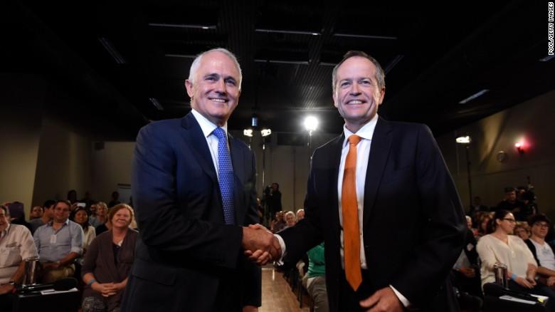 Quốc gia thay thủ tướng... như thay áo - 2