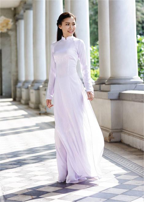 'Dòng thời gian' trong BST áo dài nữ sinh của Thái Tuấn - 5