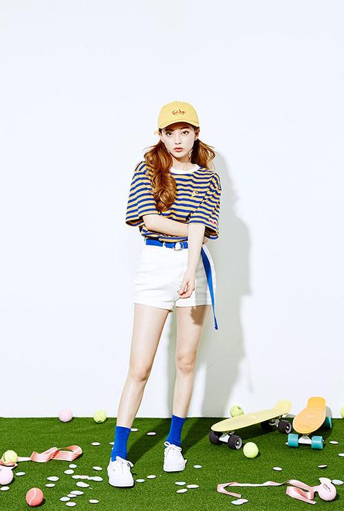 Diện áo phông đúng chuẩn phong cách cô nàng thể thao - 3