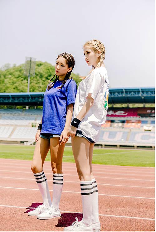 Diện áo phông đúng chuẩn phong cách cô nàng thể thao - 9