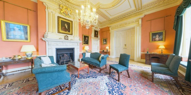 """Khám phá dinh thự nơi Thủ tướng Anh Cameron """"thất thủ"""" - 11"""