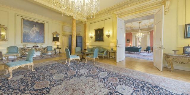 """Khám phá dinh thự nơi Thủ tướng Anh Cameron """"thất thủ"""" - 10"""