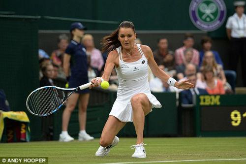Wimbledon ngày 3: Berdych khổ chiến, Radwanska thắng dễ - 7