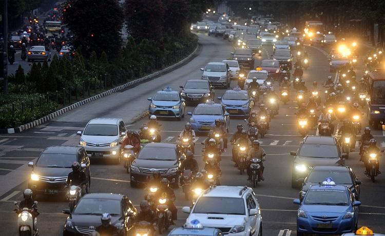 Hà Nội cấm xe máy: Kinh nghiệm từ thủ đô Indonesia - 3