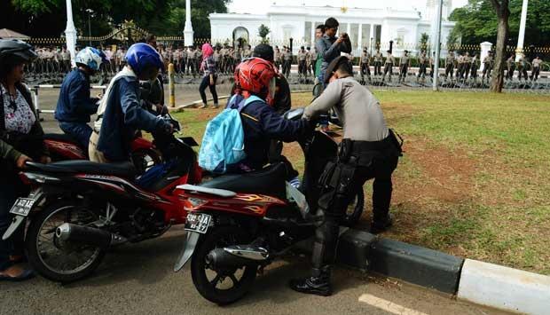 Hà Nội cấm xe máy: Kinh nghiệm từ thủ đô Indonesia - 5