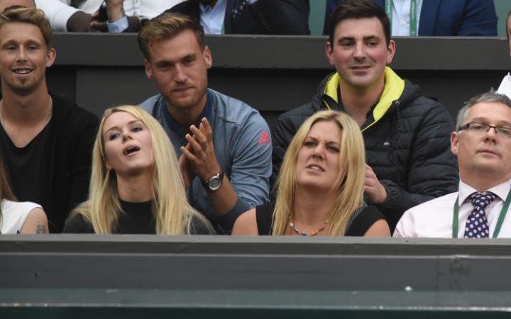 Wimbledon ngày 3: Berdych khổ chiến, Radwanska thắng dễ - 5