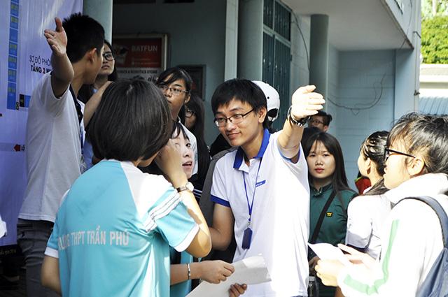 Gần 888.000 thí sinh làm thủ tục dự thi THPT Quốc gia - 4