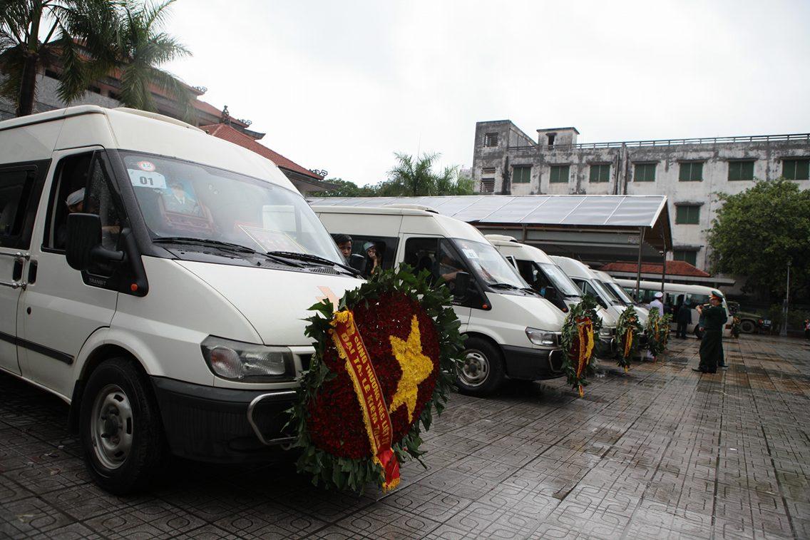 Máy bay Casa 212 - Xúc động lễ tang 9 thành viên tổ bay Casa - 2