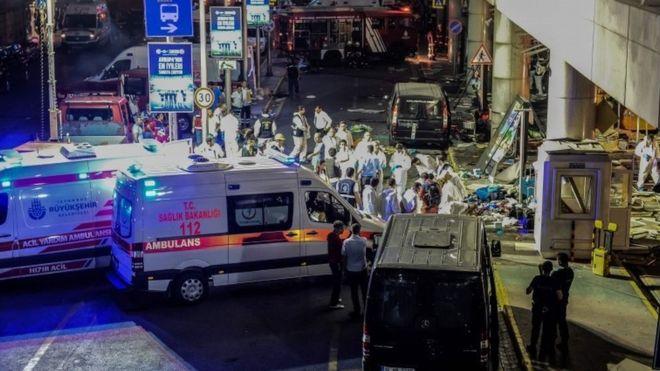 Đánh bom tự sát ở Istanbul - Bắt 13 nghi phạm đánh bom sân bay - 2