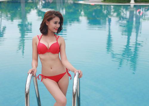 Thí sinh Hoa hậu Bản sắc Việt khoe dáng với bikini - 11