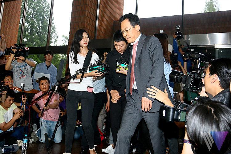 Park Yoochun lần đầu xuất hiện sau scandal cưỡng dâm - 5
