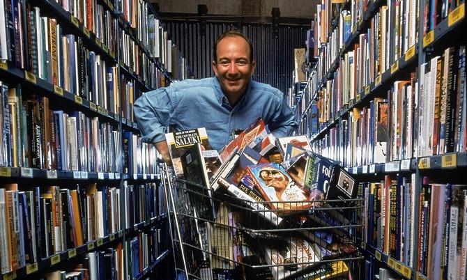 12 cuốn sách giúp CEO Amazon vượt lên trở thành tỷ phú thứ 2 TG - 1