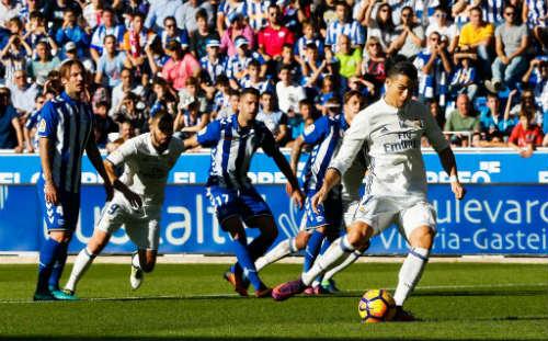 """Chi tiết Real Madrid - Alaves: 2 """"nhát kiếm"""" kết liễu (KT) - 6"""