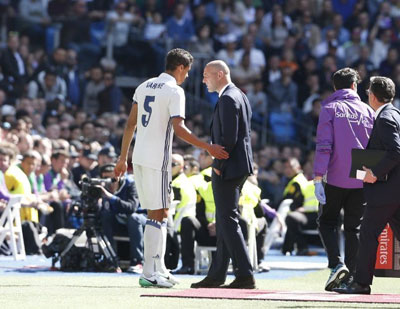 """Chi tiết Real Madrid - Alaves: 2 """"nhát kiếm"""" kết liễu (KT) - 3"""