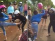Nữ sinh lớp 10 đánh nhau như phim hành động