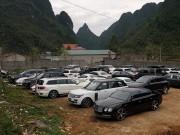 Dàn siêu xe phủ bụi chỏng chơ ở Cao Bằng