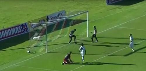 """Cướp bàn thắng đồng đội, đến Ronaldo cũng """"chào thua"""" - 1"""