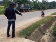 Tin tức trong ngày - Xót xa bà ngoại vứt thi thể cháu bé sơ sinh bên lề đường ở Quảng Nam