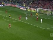 Bàn thắng đẹp V26 Bundesliga: Ngẫu hứng hóa siêu phẩm