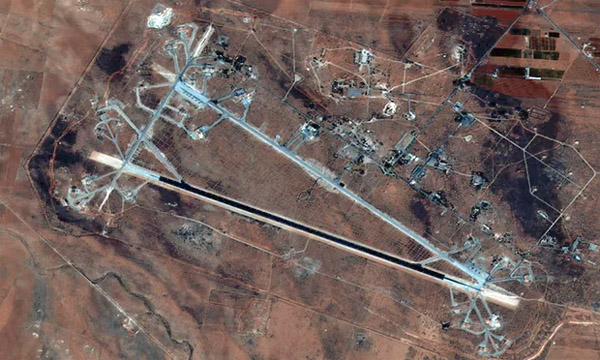 Căn cứ Syria tan hoang sau khi bị tên lửa Mỹ oanh tạc - 3