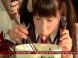 Cô gái Nhật Bản đánh bại 10 đàn ông Việt khi thi ăn