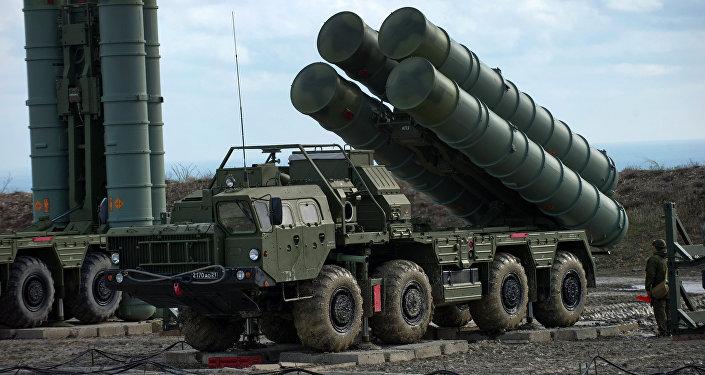 """Vì sao """"rồng lửa"""" S-400 Nga không đánh chặn Tomahawk Mỹ? - 1"""