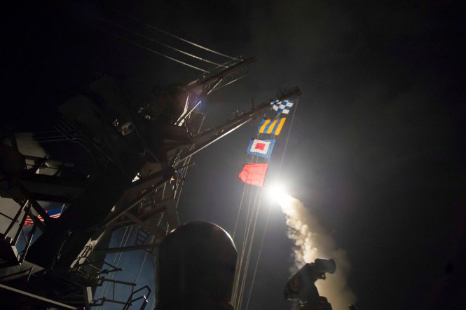 """Vì sao """"rồng lửa"""" S-400 Nga không đánh chặn Tomahawk Mỹ? - 2"""