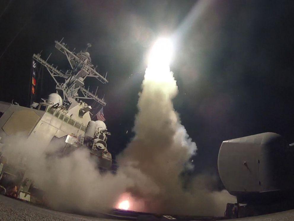 """Vì sao """"rồng lửa"""" S-400 Nga không đánh chặn Tomahawk Mỹ? - 4"""