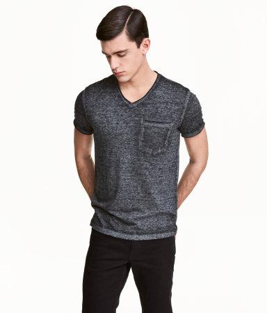 1 áo phông, 7 cách mặc quá sành, tiện anh em nên thử - 5