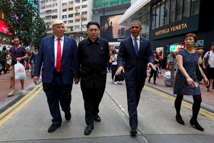 """""""Trump, Obama và Kim Jong-un"""" gây náo loạn Hồng Kông - 2"""