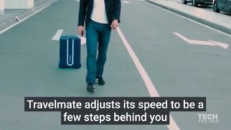 Video: Chiếc vali công nghệ tự mình lẽo đẽo theo chủ nhân