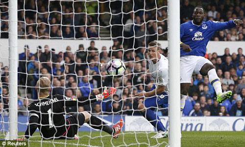 Everton - Leicester City: Đôi công rực lửa mãn nhãn - 1