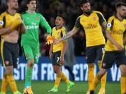 """Bóng đá - Thua thảm, dàn sao Arsenal bị gọi là """"những kẻ hèn nhát"""""""