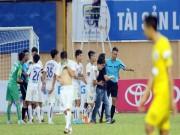 Bóng đá - Tin HOT bóng đá tối 11/4: HAGL bị VFF xử phạt nặng