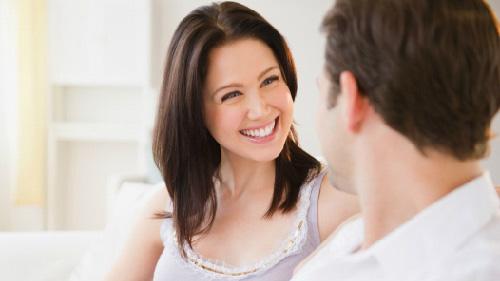Có thật các ông chồng không hề để ý bạn mặc gì ở nhà? - 1