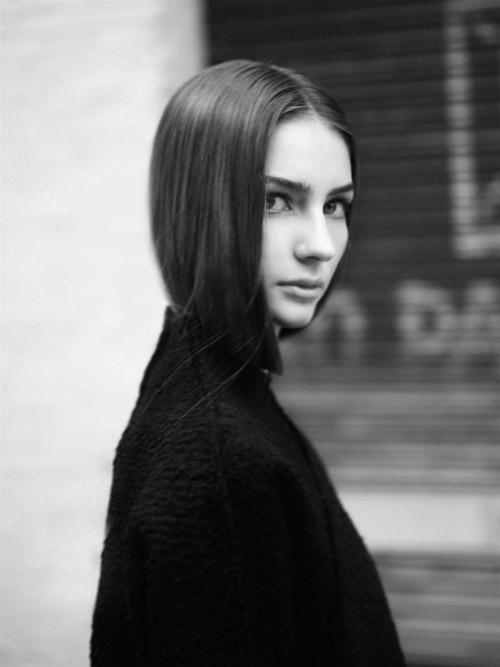 Nghẹn lời vì con gái người mẫu cố tài tử Fast & Furious - 11
