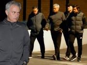 Bóng đá - MU: Mơ vé cúp C1, Mourinho họp chiến thuật ở nhà hàng
