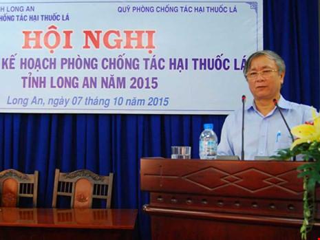 Cựu GĐ Sở Y tế Long An phản bác chuyện ngăn xuất cảnh - 1