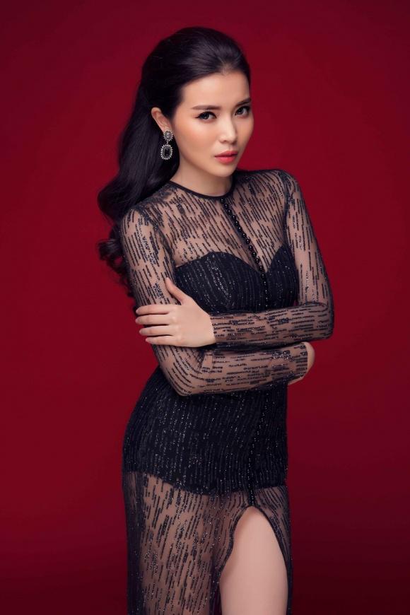 """Kiều nữ Việt """"ê chề"""" vì váy xẻ quá khứ còn mặc """"bạo"""" hơn - 7"""