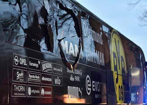 Đá Europa League, MU ngay ngáy lo khủng bố - 5